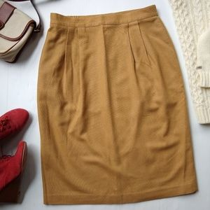 Vintage• camel color high waisted wool midi skirt